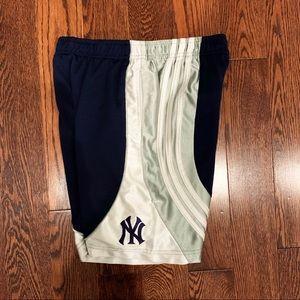 {Adidas} Yankees Shorts, 7